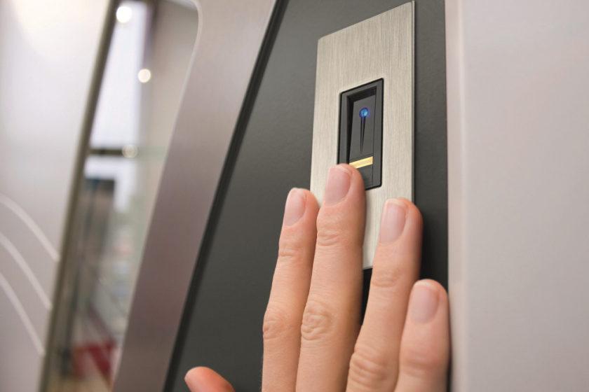 Internorm Otvaranie na odtlačok prsta ekey zm.
