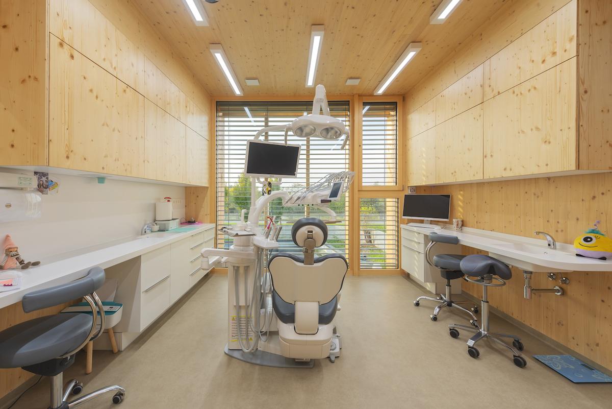 Prístavba Andel Elite Dental Center