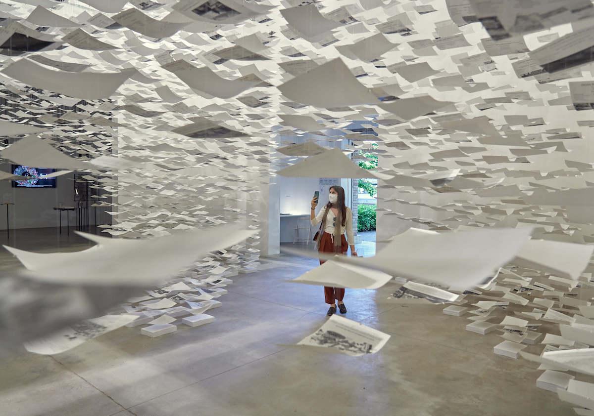 Španielsky pavilón 2021 – s názvom Uncertainty (Neistota) pripravilo trio architektov Domingo J. González, Andrzej Gwizdala a Fernando Herrera 34 projektov.