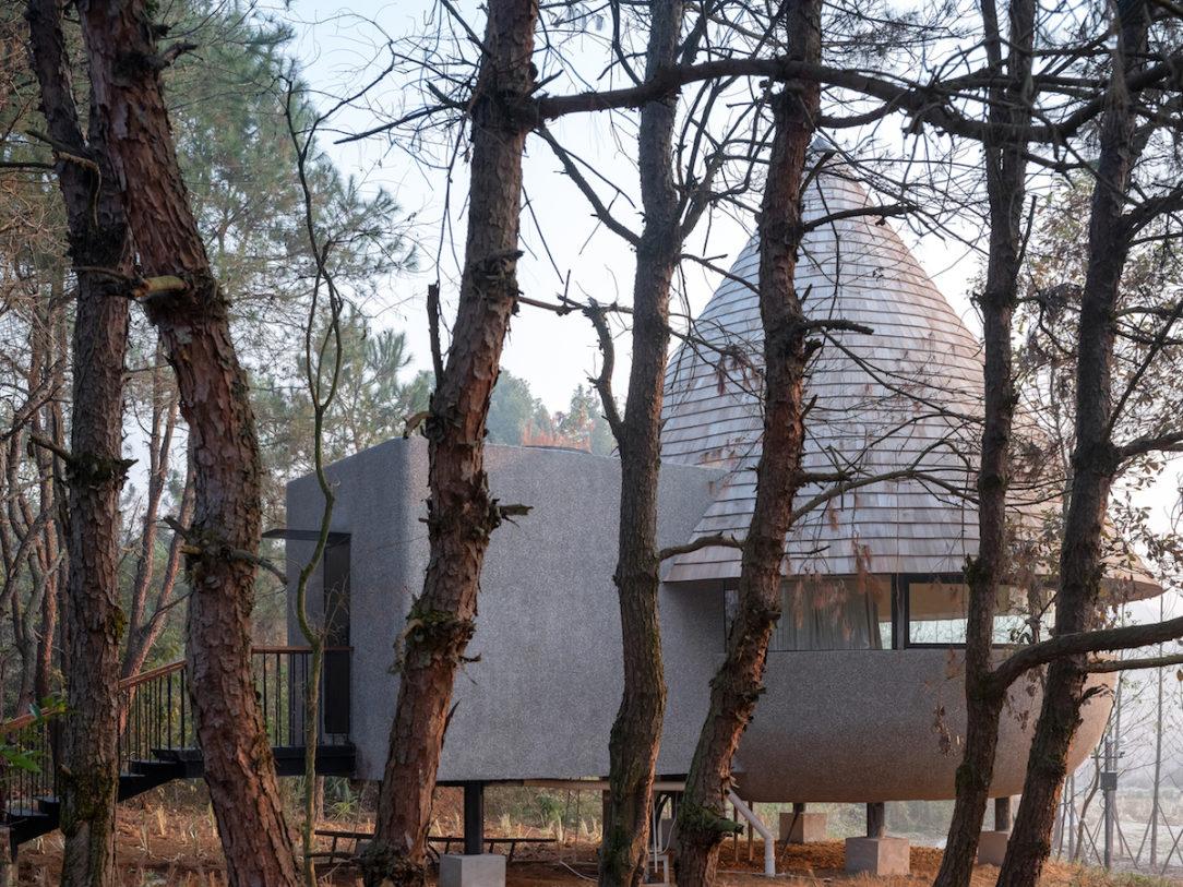 The Mushroom - domček v tvare hríba.
