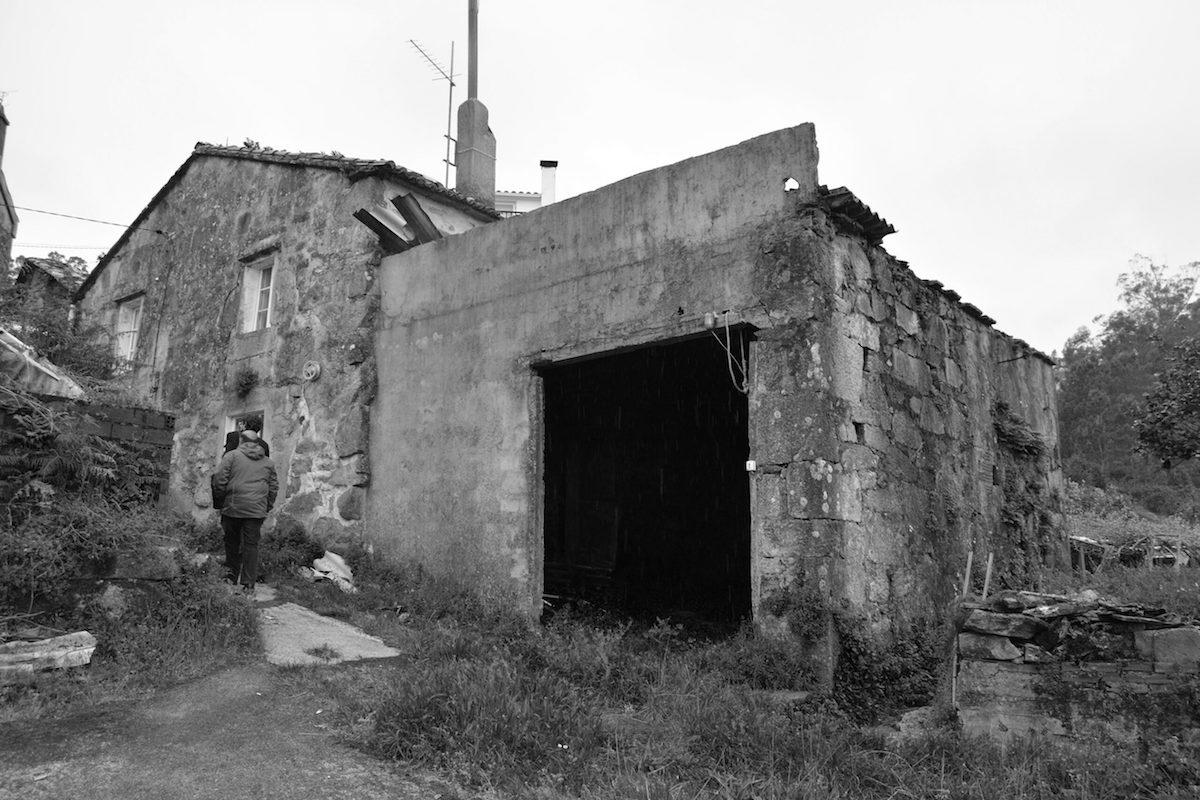 Pôvodne dom tvorili dve spojené kamenné objemy.
