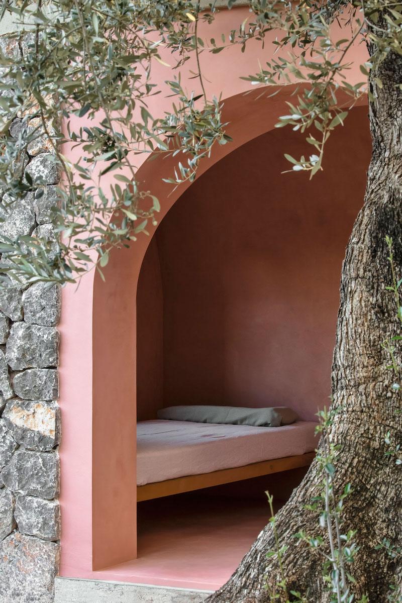 Interiér Olivového domu.