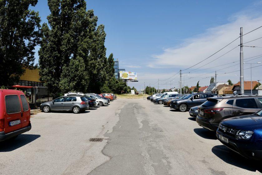 Aktuálny stav pred Vozovnou Krasnany. Autor Marek Velček