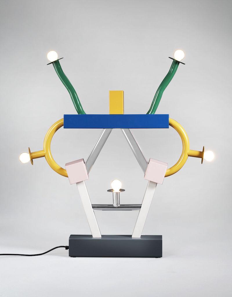Lampa Ashoka od Ettore Sottsassa.