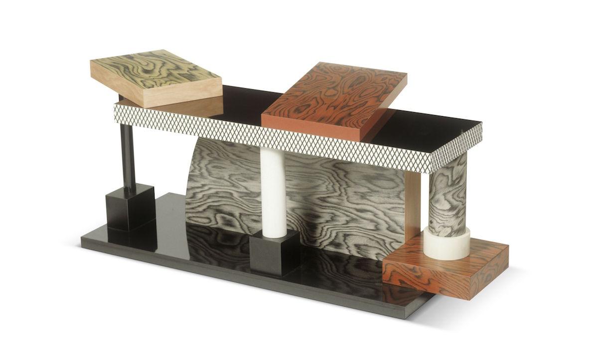 Stôl Tartar od Ettore Sottsassa.