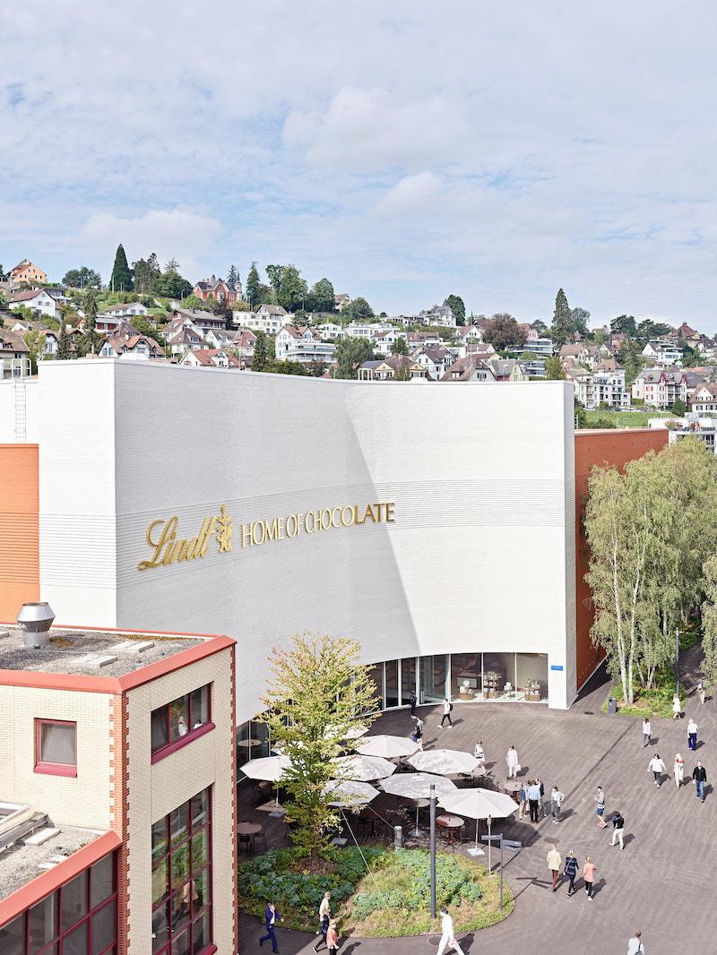 Svetoznáma značka čokolády dostala nový domov na brehu Zurišského jazera.