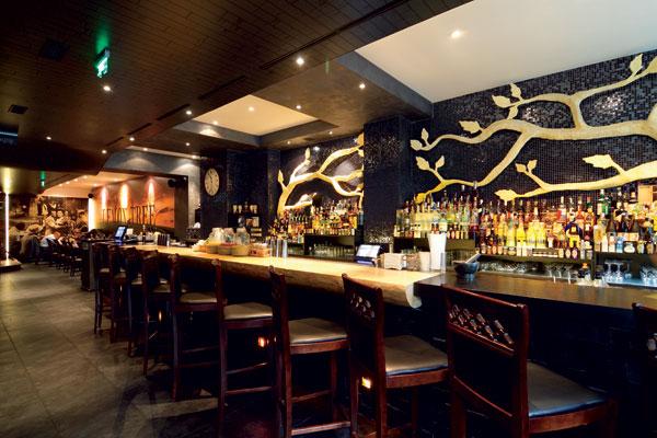 do baru a reštaurácie