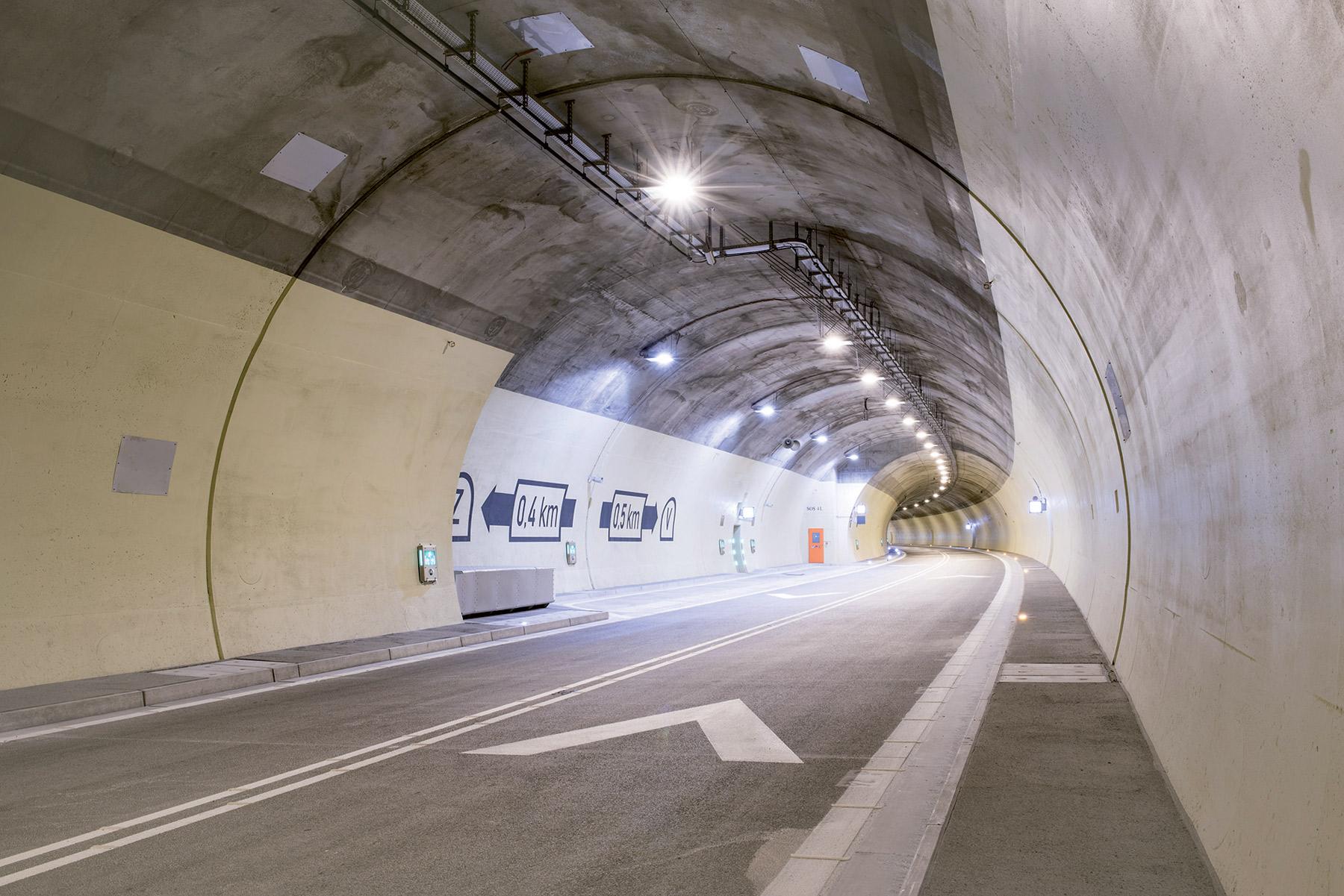 05  Vozovka tunela Svrcinovec