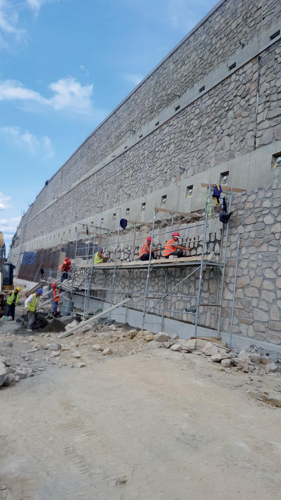 02 SO 48.33.01 zarubny mur   realizacia prac