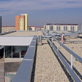ako urobit kvalitnu plochu strechu