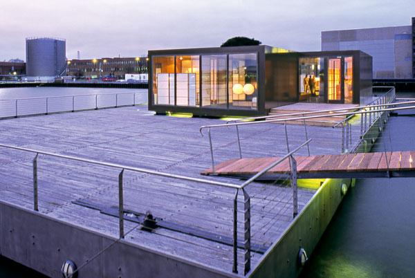 Apartmány a bazén na vode