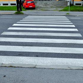 bezpecnost chodcov na priechodoch vziline