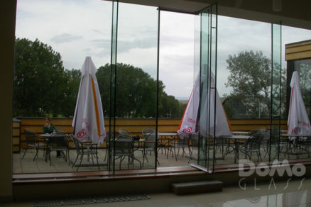 bezpecnostne sklo v stavebnictve