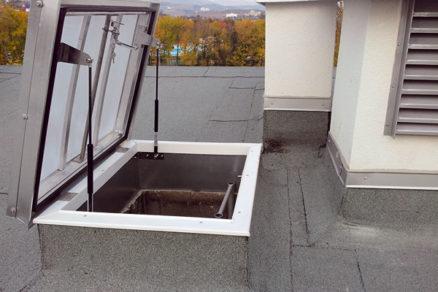 bezpecny vystup na strechu