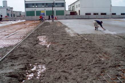 Chyby pri betónovaní aošetrovanie betónu