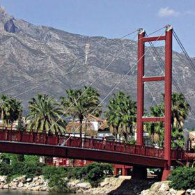 dute drevene stlpy v mostnych konstrukciach