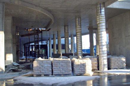 Efektívna výstavba stĺpov použitím papierového debnenia