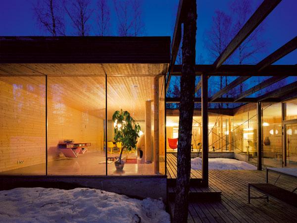 Fínska architektúra invenčne spája