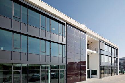 fotovolticke moduly menia funkcnost a architekturu budov