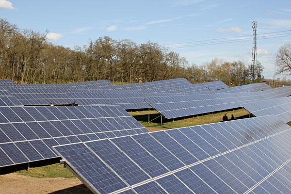 FVE Sluneta – najväčší solárny park vČeskej republike