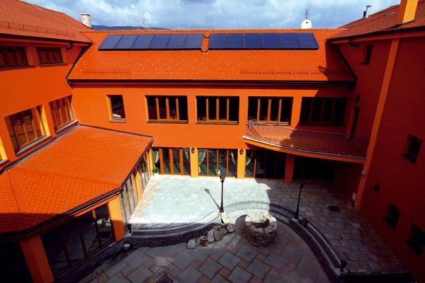 Hotel Majolika vzkriesil minulosť s novými príbehmi
