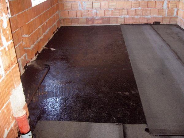 Hydroizolácia spodnej stavby realizovanej vpodloží svýskytom tlakovej alebo agresívnej vody