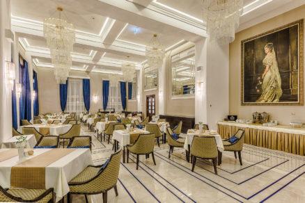 Zrekonštruovaný hotel Royal Palace je zariadený v štýle Art Deco