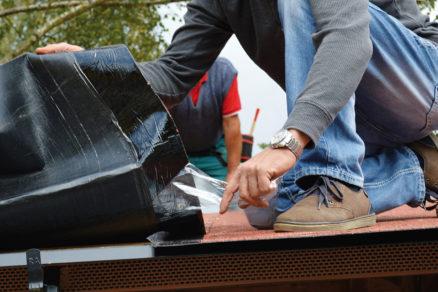 Montáž asfaltovanej strešnej krytiny