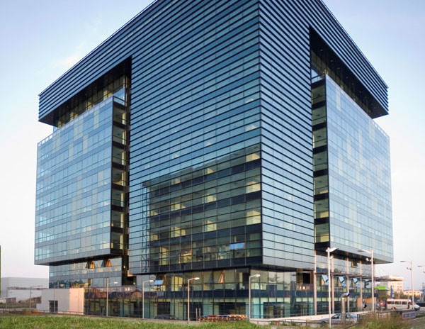 izolacne zasklenie pre administrativne budovy