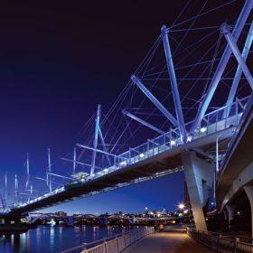 konstrukcne jedinecny most kurilpa