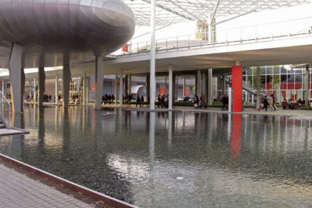 Miláno 2007: zánovné výstavisko a dizajnová zúrivosť