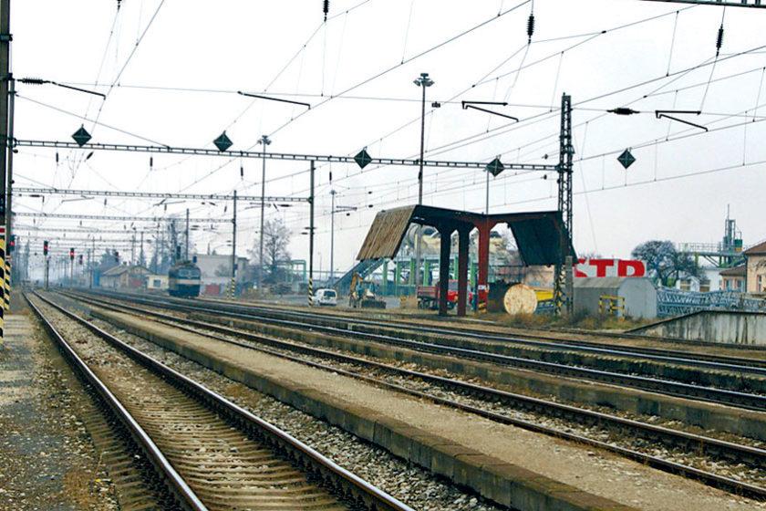 modernizacia zeleznice na useku nove mesto nad vahom puchov