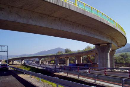 Monolitické mosty na diaľnici D3 Hričovské Podhradie – Žilina (Strážov)