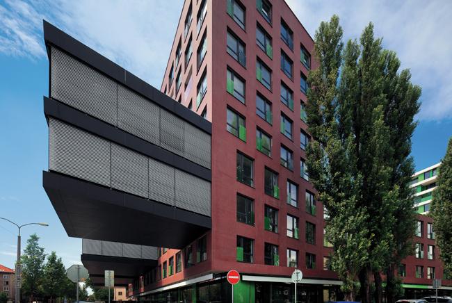navrh exterierovych zaluzii v sulade s veternym zatazenim budovy