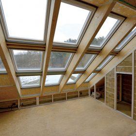 navrh stresnych okien pre aktivny dom