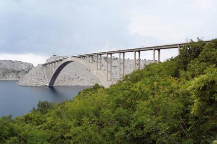 Obnova malého oblúka mosta Krk