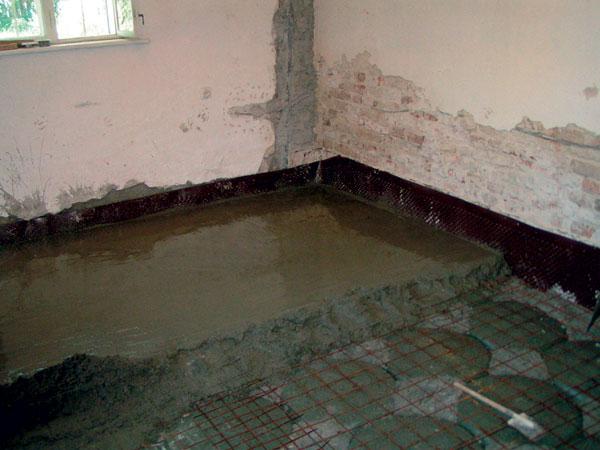 Odstránenie vlhkosti zinteriéru vytvorením prevetranej podlahy