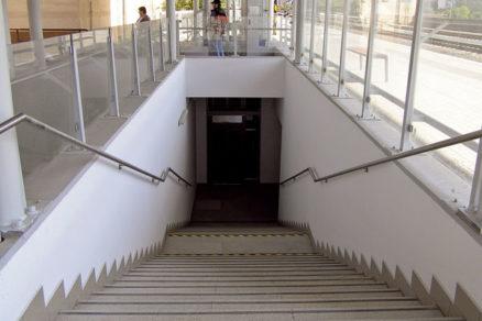 Podchody pre cestujúcich ŽSR (2. časť)