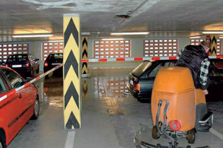 podlahy hromadnych garazi