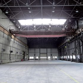 podlahy v halovych budovach