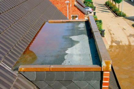 Poruchy vikierov ako súčastí šikmej strechy