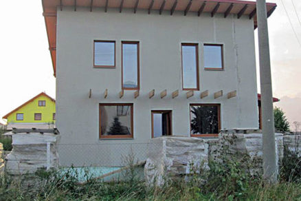 realizacia rodinneho domu drevenou stlpikovou sustavou