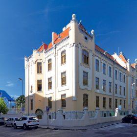 rekonstrukcia budovy gymnazia na grosslingovej ulici