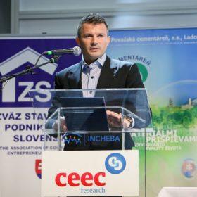 rok 2013 bude zrejme vrcholom krizy slovenskeho stavebnictva
