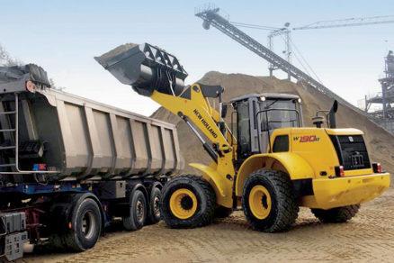 Rozvoj stavebníctva prináša aj zvýšený dopyt po stavebných strojoch
