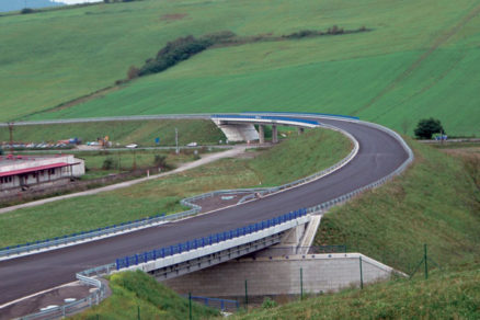 Rýchlostná cesta R3 Trstená – obchvat
