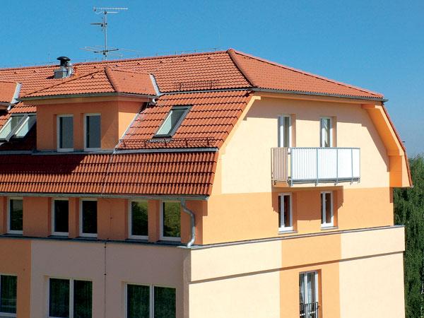 Šikmé strechy z betónovej skladanej krytiny v náročných klimatických podmienkach