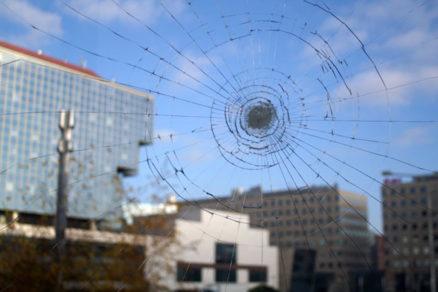 specifika okien odolnejsich proti vlamaniu