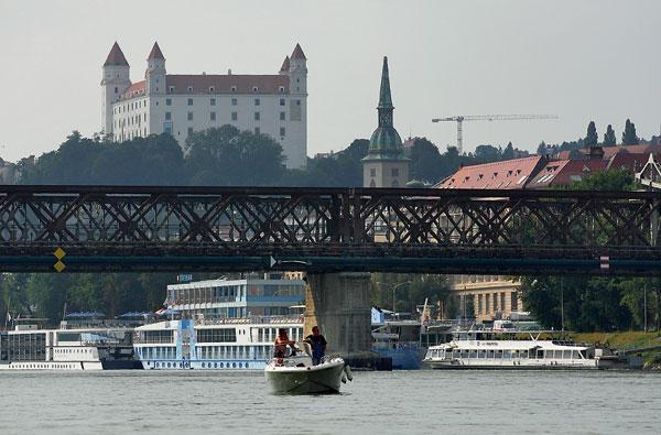 stary most vbratislave