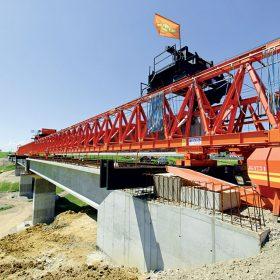 technologia vystavby mostov z nosnikov vyrabanych na stavbe
